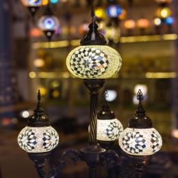 多彩馬賽克東方傳統燈